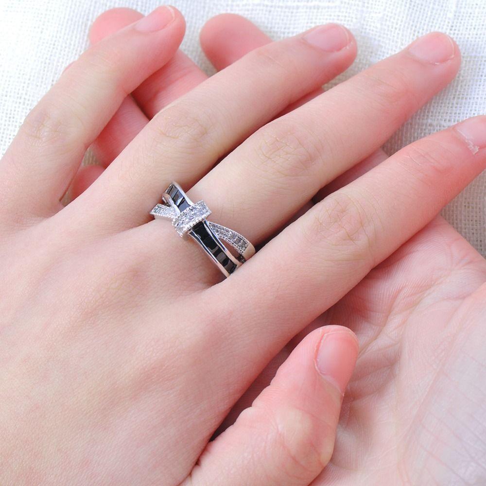 Clássico Preto Cruz Anel Moda Branco Preto de Ouro Preenchido Jóias Anéis De Casamento Do Vintage Para As Mulheres de Aniversário de Pedra presentes