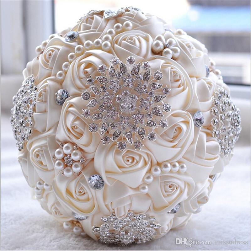 Magníficas flores de la boda Ramos de novia Marfil Blanco Artificial Ramo de la boda Crystal Sparkle con perlas 2016 buque de noiva