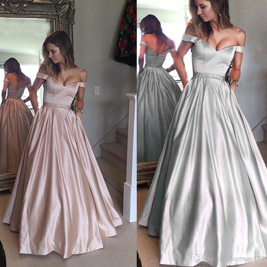 Au large des manches d'épaule Pays robe formelle Plus la taille des robes de soirée avec Sash robes longues de bal 2019 tapis rouge inspiré