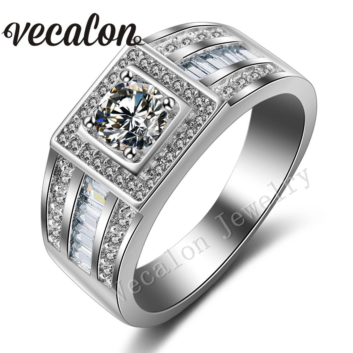 Vecalon Fashion Men Anello di fidanzamento Solitario 1ct Cz Anello di diamanti simulati 10KT Anello di nozze in oro bianco Riempito per uomini Sz 7-13