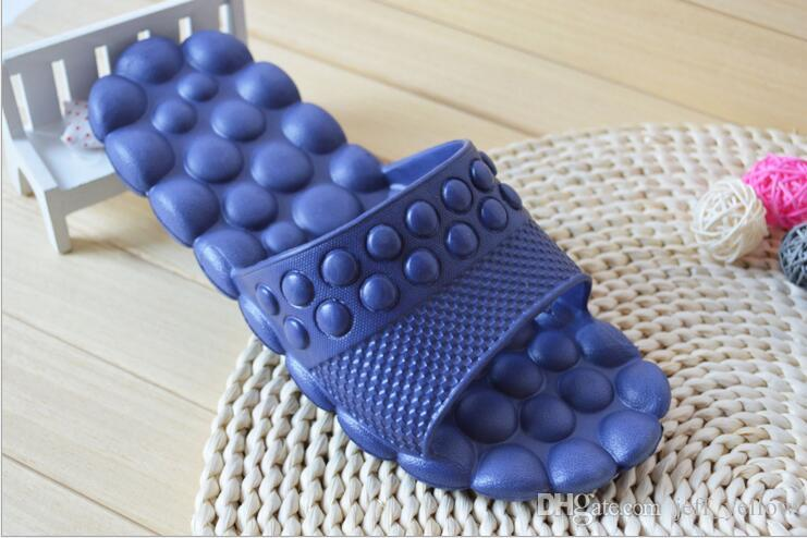 Envío gratis 2016 The New men and women Home masaje zapatillas baño Skid Lovers flip flop sandalias del hogar
