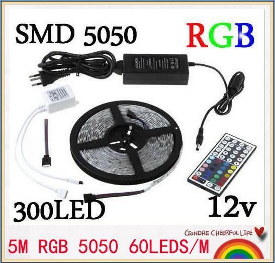 1PCS RGB LED bande de 5 M SMD 5050 300 LED / rouleau étanche IP65 + 44 touches télécommande IR + 12V 5A Adaptateur