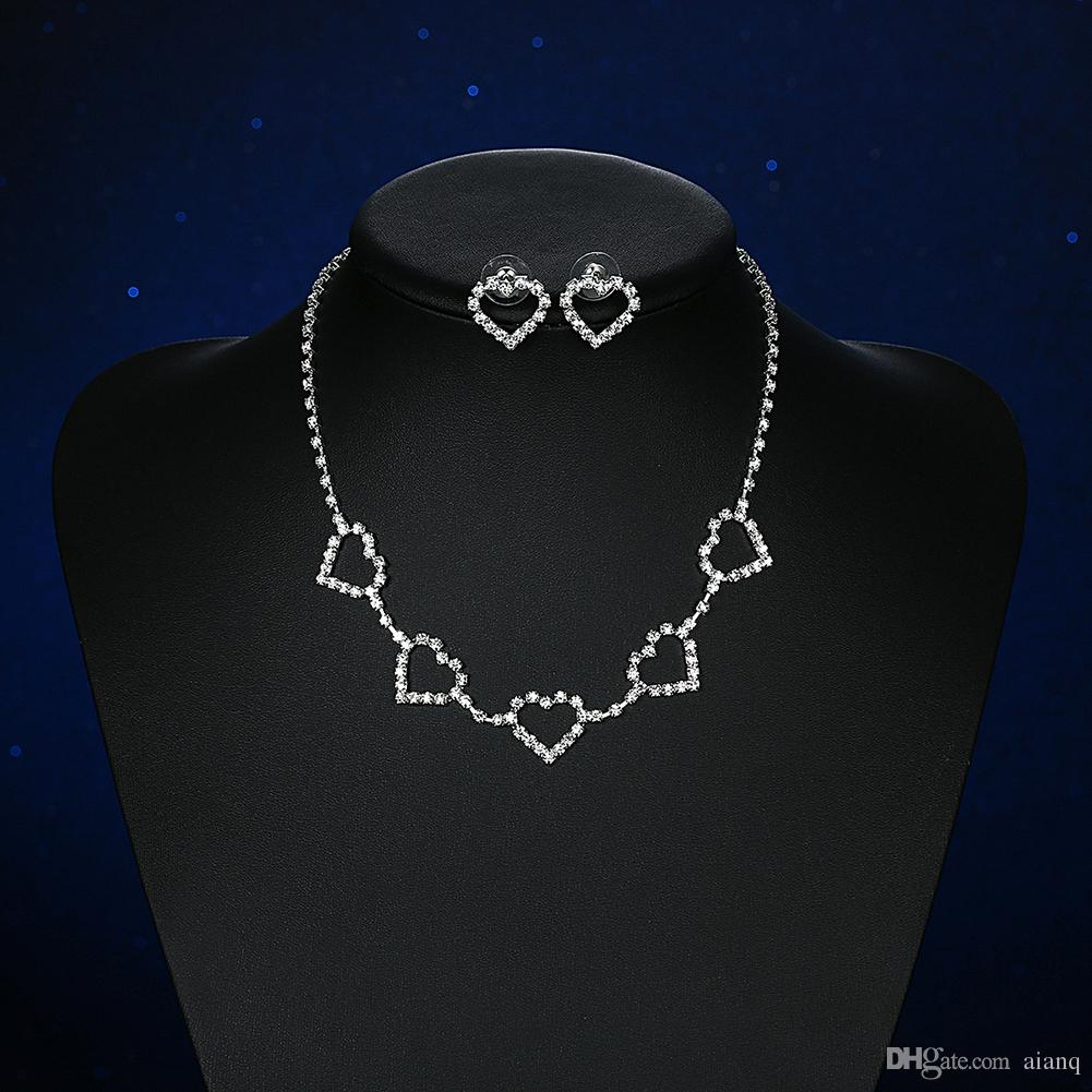 Beautiful Bride HeartShaped Wedding Jewelry Fashion Wedding Dress