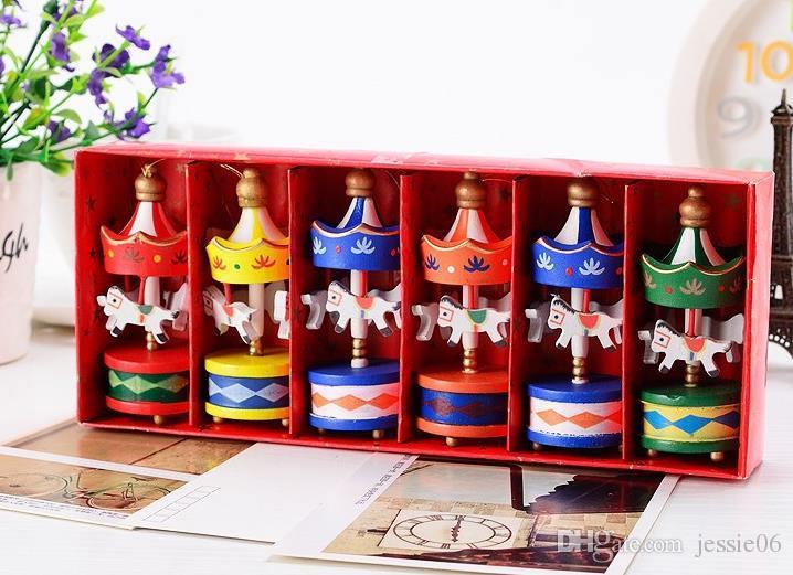Vintage bois carrousel cheval arbre de noël pendentif suspendu ornements mariage romantique anniversaire poule parti décor enfants jouet faveurs avec boîte-cadeau