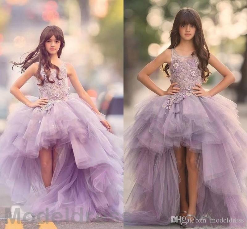 2020 design exclusivo Alta Baixa Meninas Pageant Vestidos Jewel Lace apliques Hi-Lo Lilac crianças dos floristas vestido de baile Criança aniversário Vestidos