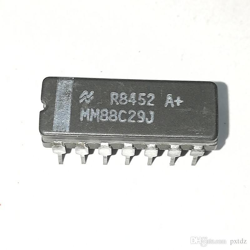 MM88C29J. MM78C29J, MM88C28. Circuiti integrati MM78C29 / QUAD LINE DRIVER Circuiti integrati / chip per pacchetti ceramici dual in-line a 14 pin. CDIP14