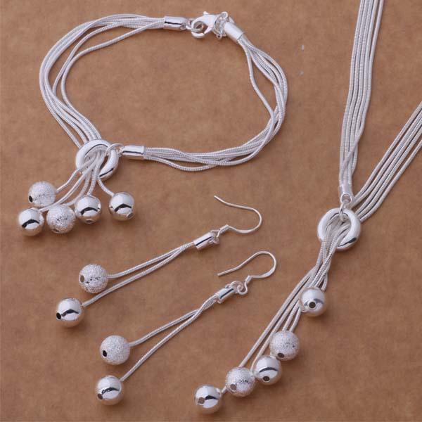 Orecchini in argento 925 con perle in argento sterling 925 con perle in argento sterling