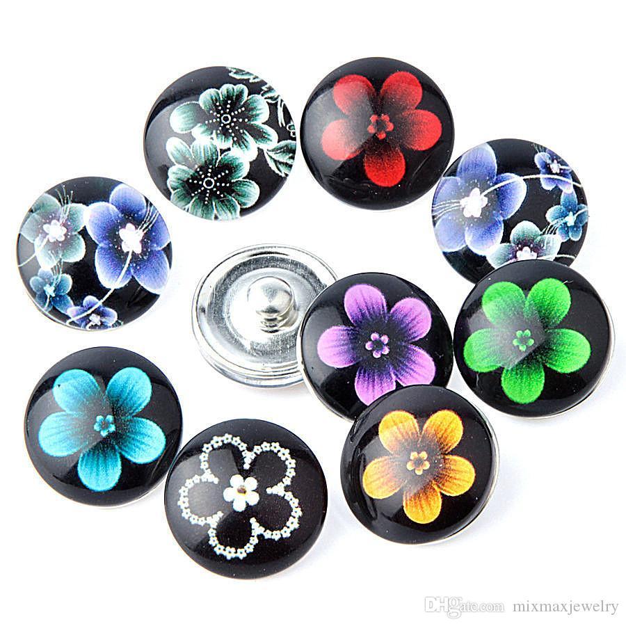 all'ingrosso assortiti disegni mix Fiori neri 18mm Bottoni in vetro acrilico Scatta pezzi di ciondolo Gioielli per bracciali nuovi di zecca