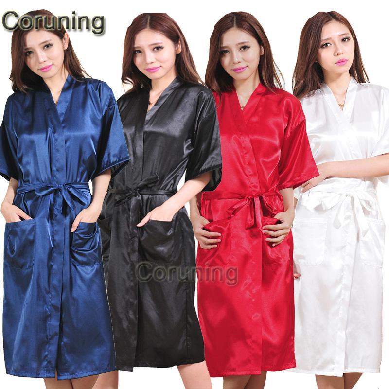 Gros-Marque Long Robe Emulation Soie Doux Accueil Peignoir Plus La Taille S-XXXL Chemise De Nuit Pour Les Femmes Kimono Robes Autunm Printemps Hiver Été