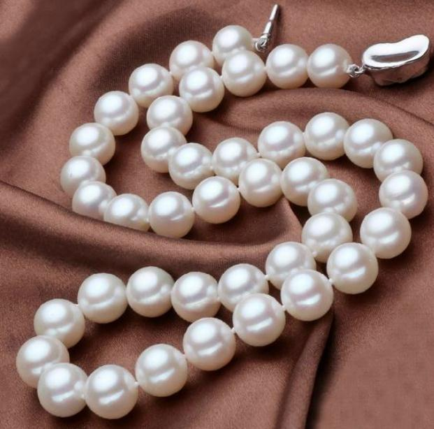 9-10mm Round Natural Pearl Necklace 17 inch 925 Silver Clasp