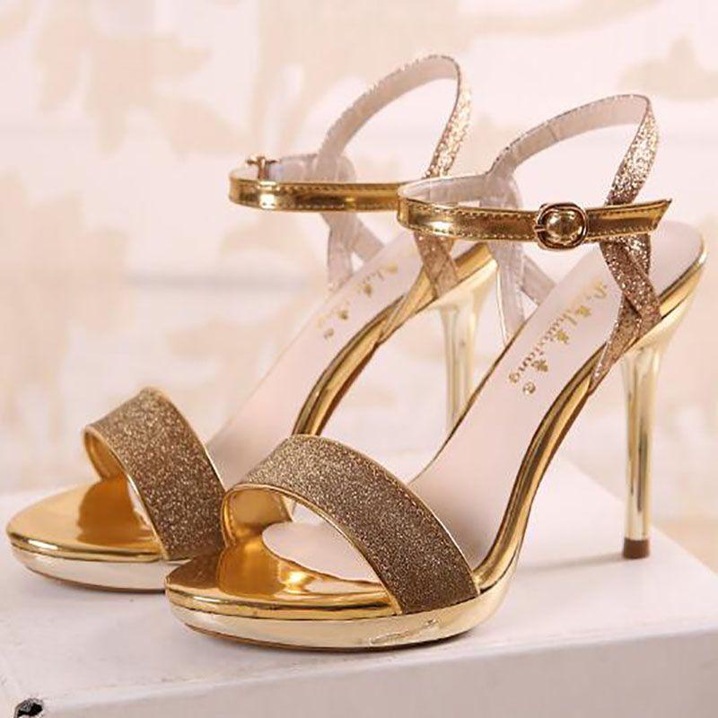 Sandalias de los altos talones de las mujeres del verano con lentejuelas de la muchacha zapatos de vestir de la correa del tobillo del talón de la mujer sandalias de la playa del dedo del pie abierto del oro gris más tamaño