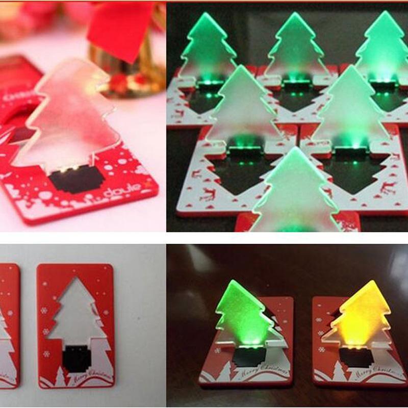 Tarjeta de crédito LED Lámpara de luz Bombilla Árbol de navidad Luces nocturnas Bolsillo plegable Forma de árbol de navidad Luz LED Tarjeta de crédito para vacaciones
