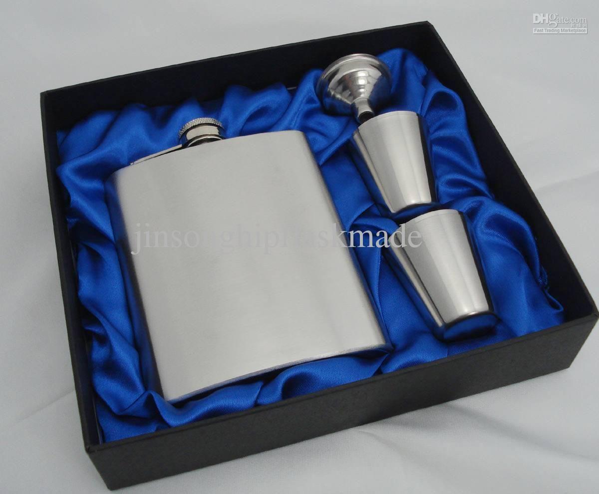 Wijnfles Gift Set 7ounce (geborsteld) +4 Shot Glass + Funnel + Geschenkdoos Verpakking + Blue Silk Gevoerd