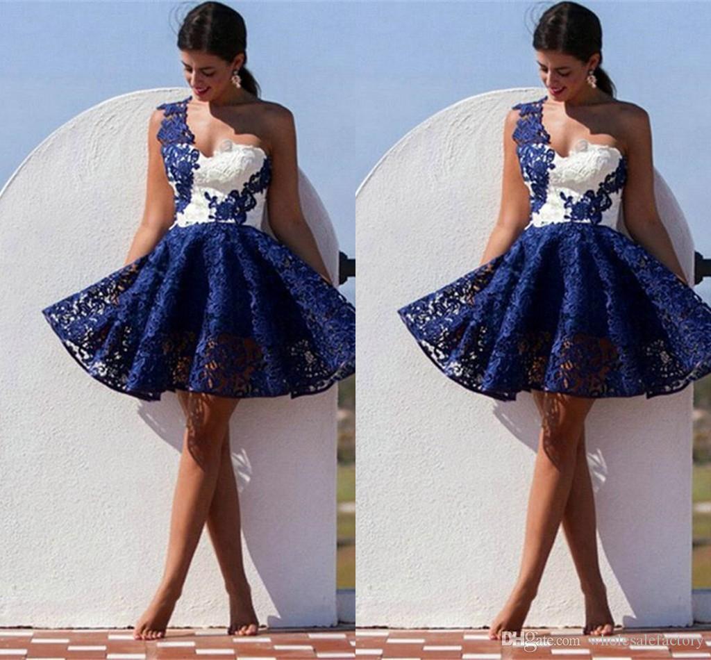 간단한 레이스 한 줄 짧은 칵테일 파티 드레스와 라인 홈 커밍 드레스 싸구려 미니 드레스 2017을위한 특별한 경우