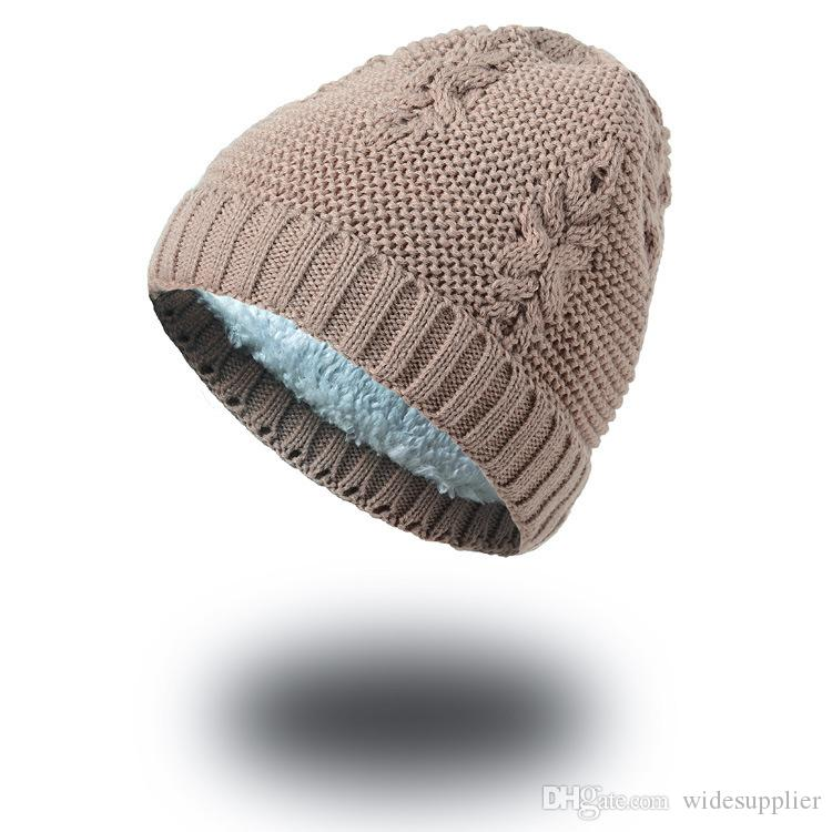 Autumn and winter leaves wool cap plus velvet blanket creative creative acrylic knitted hat wholesale 7 colors Beanies