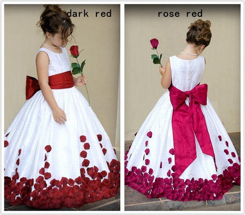Senza maniche su misura Cute Little Flower Girl Dress Piano Lunghezza fatto a mano Fiori a file Bambini Prom Abito da compleanno economici 08