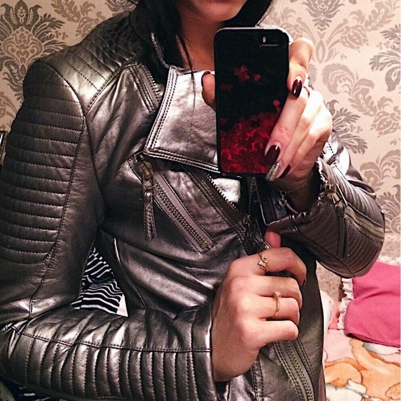 2018 Nuevo Otoño Invierno Mujer Chaquetas y abrigos de cuero sintético suave Motocicleta Femal Biker PU Prendas de abrigo Fresco Negro Rojo Amarillo Rosa