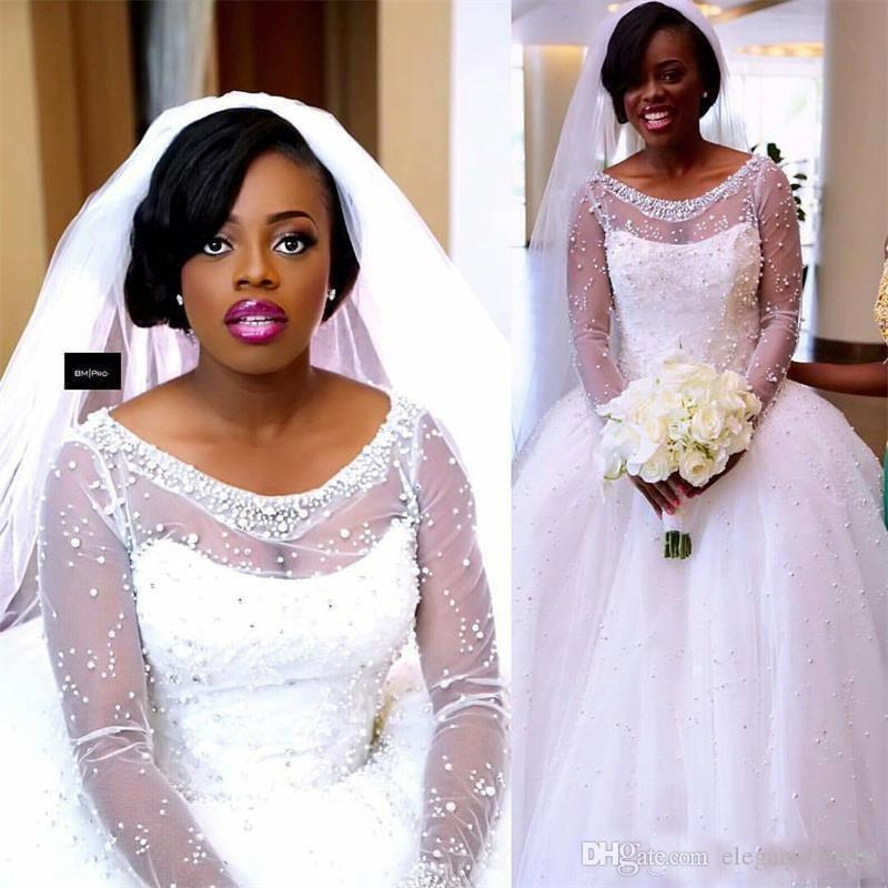 2021 Vestido de bola africanos Vestidos de novia Illusion Scoop Scoop Cuello Mangas largas Perlas con cuentas Tul Puffy Tulle Plus Talla Sweep Train Formal Bridal Vestido