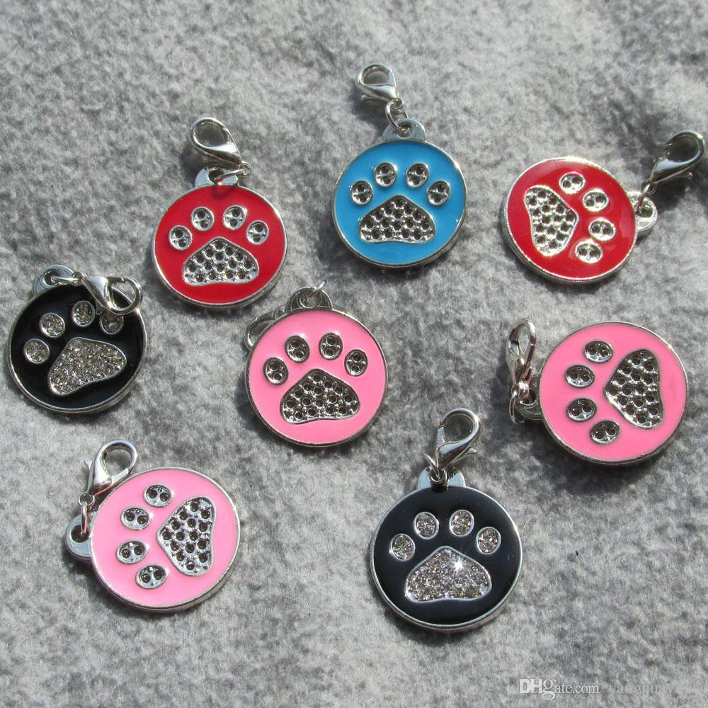 100pcs / lot Zink Legierung Paw-Design Runde Blank Haustier Hund Katze Identity Tags für Haustier Kragen mit Diamanten verziert