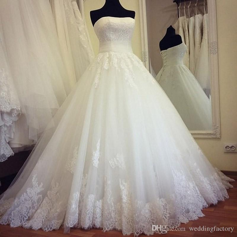 Princesa Lace vestido de baile vestidos de casamento Plus Size Lace-up de volta sem alças de tule vestidos de noiva Appliqued Hem Puffy noivas vestido imagem real