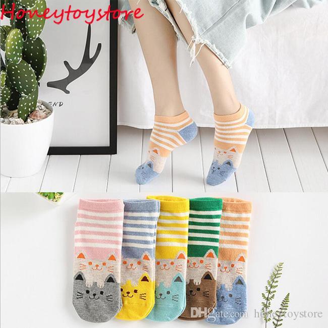 50 paia di donne in cotone carino divertente calzino gatto modello animale cartone animato casual calzini corti per le donne e le ragazze all'ingrosso