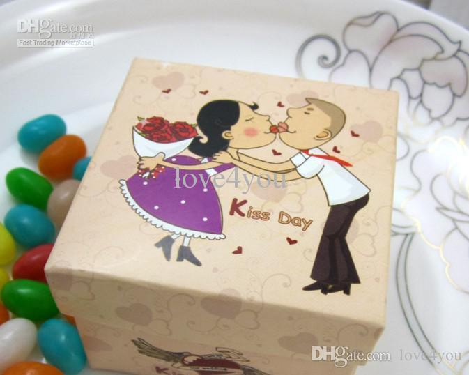 Hurtownie - 50 sztuk Kiss Day Bride Groom Papier Wedding Paper Box Biżuteria Cukierki Box