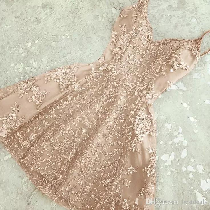 2018 Charming A-Line Crystal Short Homecoming Dresses Nuevos apliques de encaje Mini Spaghetti-Straps Cheap Cocktail Dress Summer Party Wear BA6157