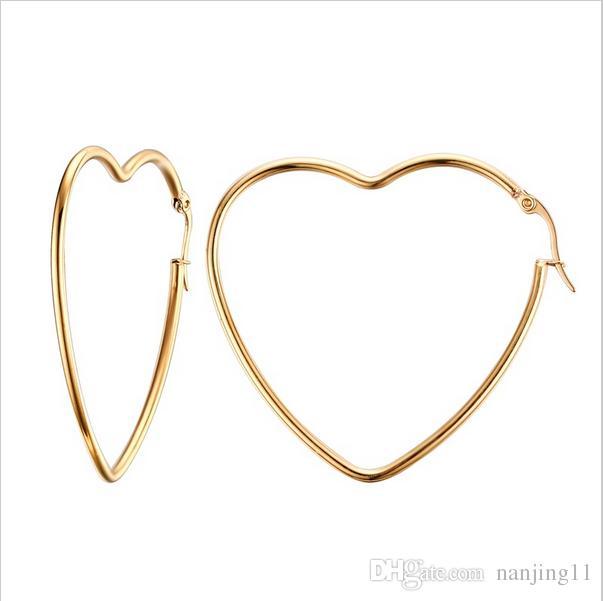여자의 우아한 간단한 빅 하트 모양의 귀걸이 골드 도금 할로우 원형 후프 귀걸이 귀 스 터 드의 여자 보석 EH-154
