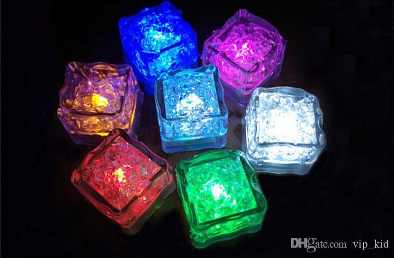 LED Ice Cube Fast Flash Slow Flash Mini Romantic Luminous Cube LED Artificial Ice light for Wedding Christmas party Decoration