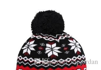 ... snowflake Beanie Winter Snow Fleece Lined winter hat Skiing Hats New  Orleans Mens Ladies Womens Beanie ... cf113e683bdf