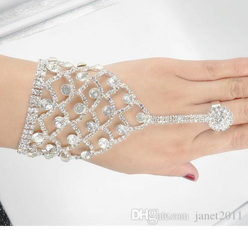 Gorgeous Wedding Jewelry Pearl Rhinestone Bracelets with Finger Rings Bridal Hand Harness Bangle Slave Chain Bracelets With Finger Ring