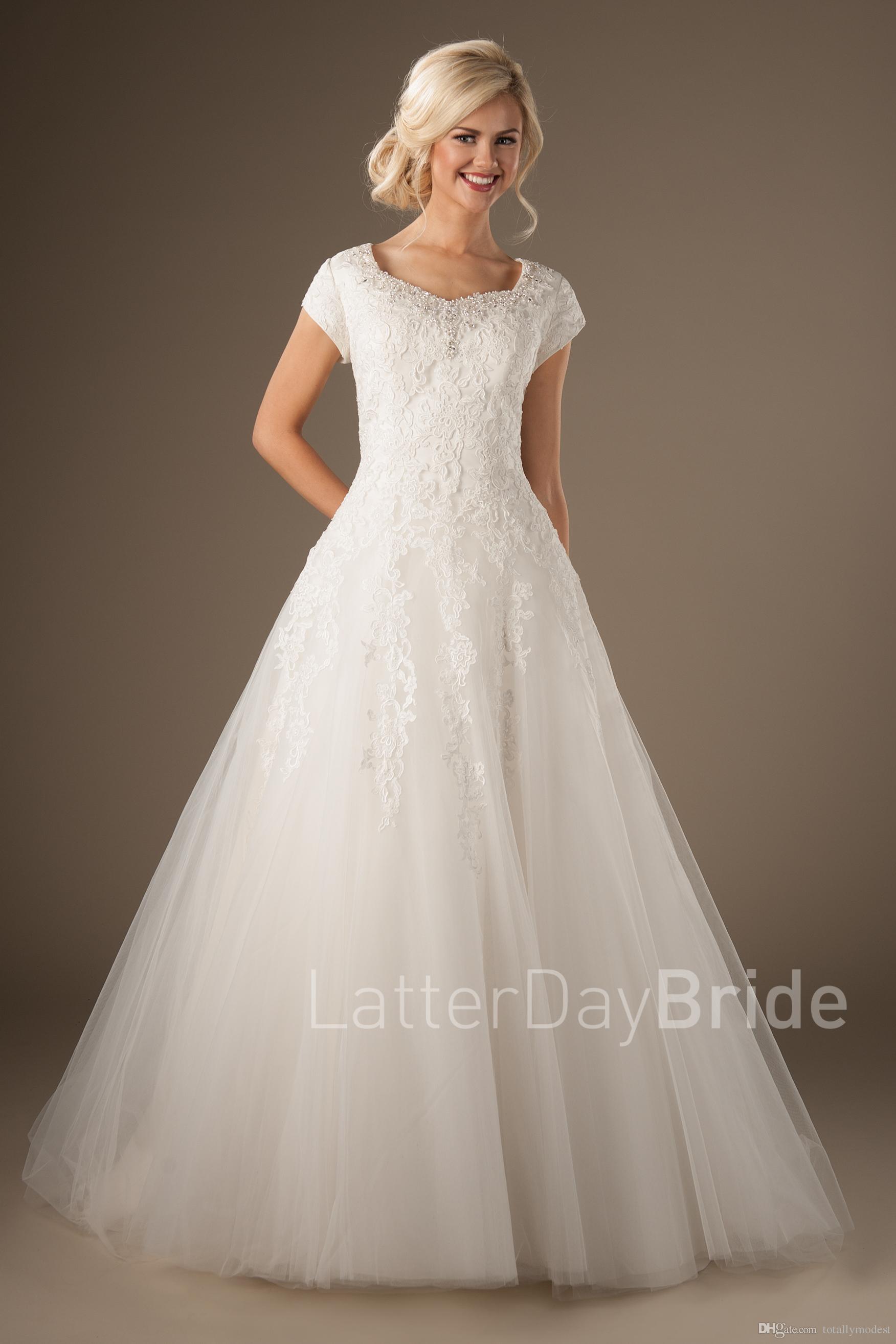 Novos vestidos de noiva modestos com mangas frisadas decote botões de volta apliques de renda uma linha de tule país ocidentais vestidos de noiva custom made