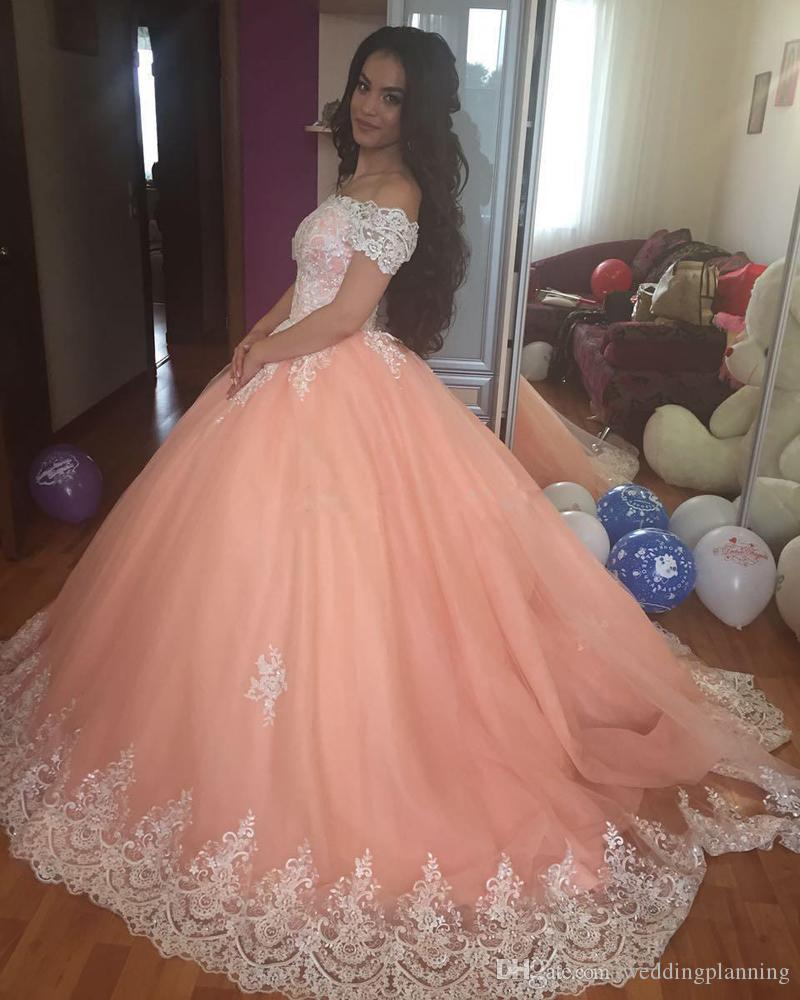 Luxury Vestidos De Quinceanera New 2018 Sweet 16 V Neck Quinceanera Dresses Ball Gown Tulle For 15 Years Backless Beads Evening Dress Formal Dresses