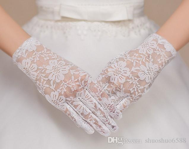 Heiße Art und Weise der neuen Art des weißen Handschuhs des vollen Fingers kurze Handschuh Brauthandschuhe Hochzeitskleidzusätze shuoshuo6588