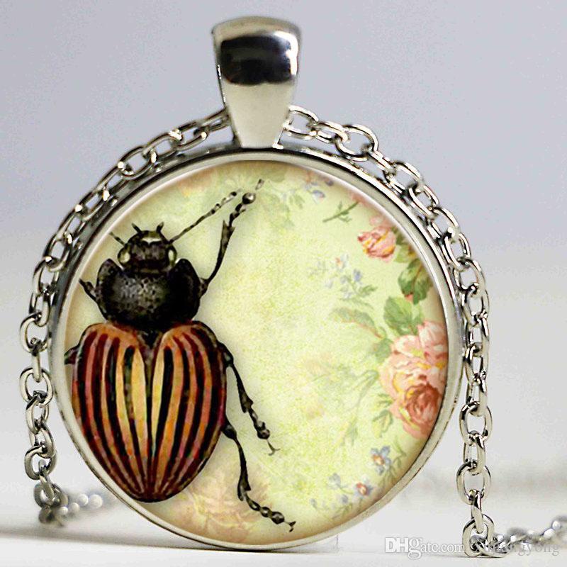 Colliers Vintage Käfer Tier Design Halsketten Insekt Logo Metall Glas Anhänger für Frauen Freundschaft Halsketten