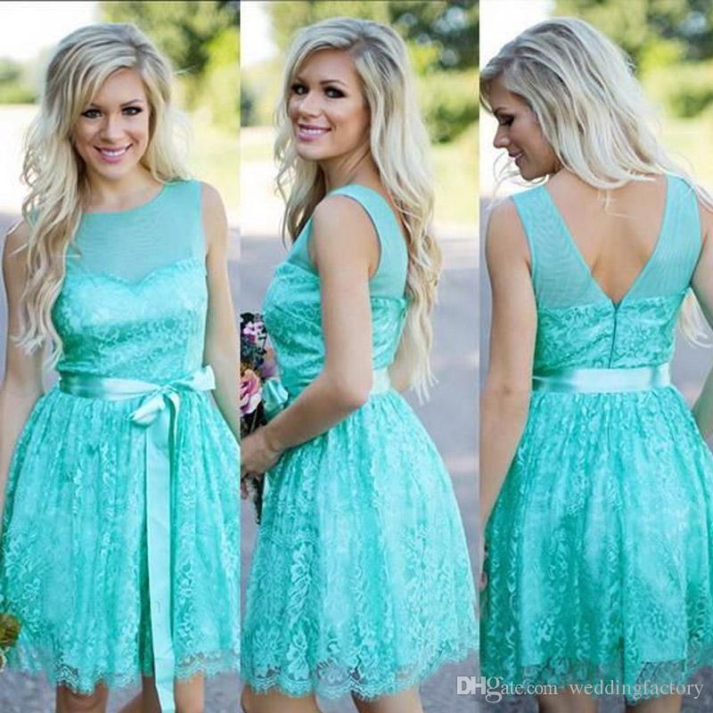 Country Style turkos brudtärna klänningar kortare nacke ärmlös bröllopsfest Main of Honor-kappor med sash dragkedja upp Back Custom