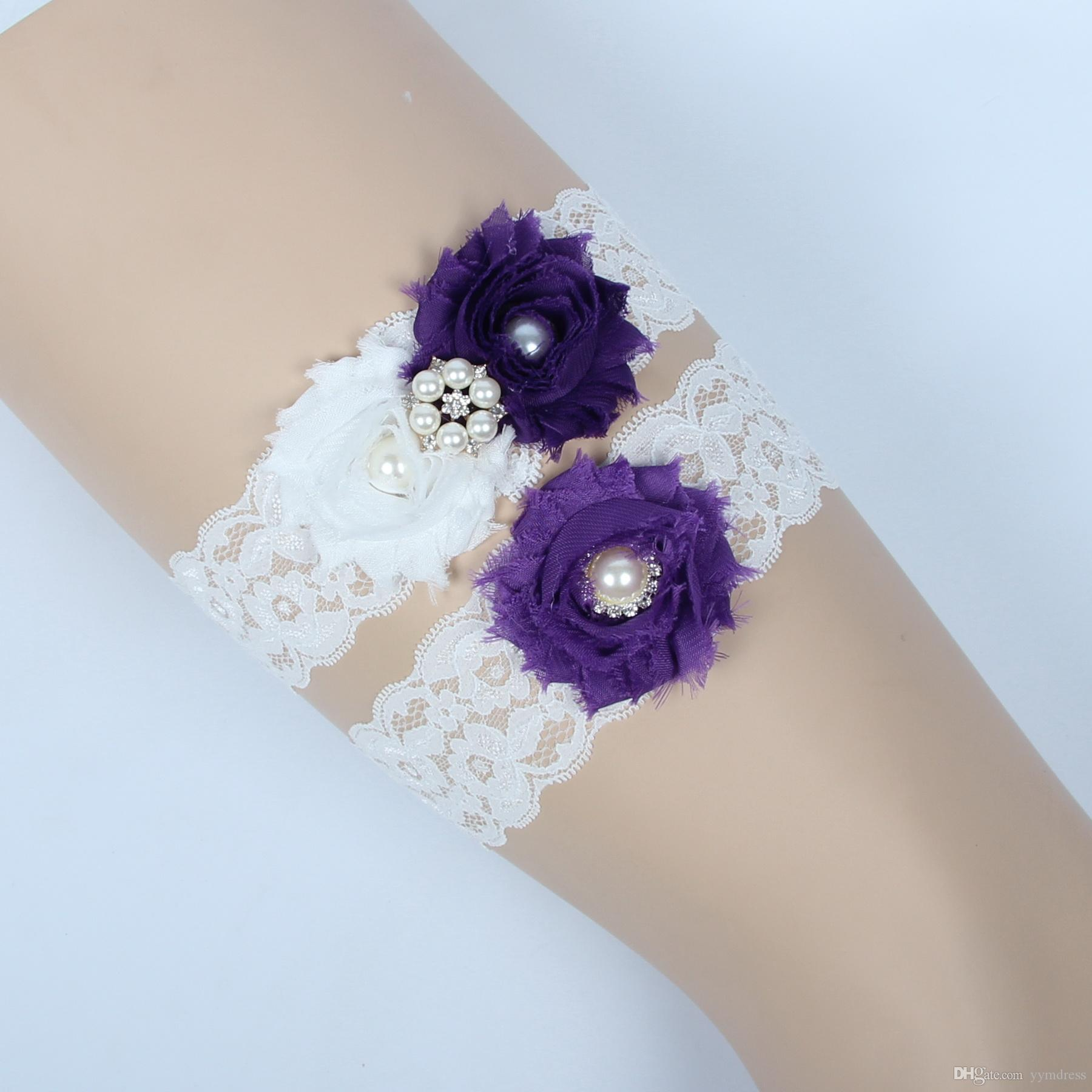 Vintage Bridal Garters Prom Garter Bridal Wedding Garter 2 Piece set Purple Lace Rhinestones Pearls Crystals In Stock Cheap Plus Size