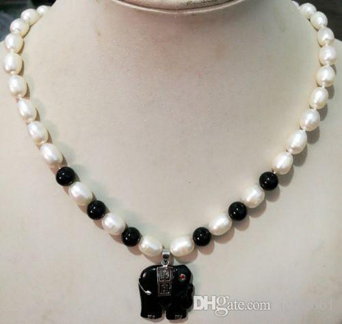 Bellissima collana con pendente a forma di elefante agata nera con perle bianche Akoya 7-8MM