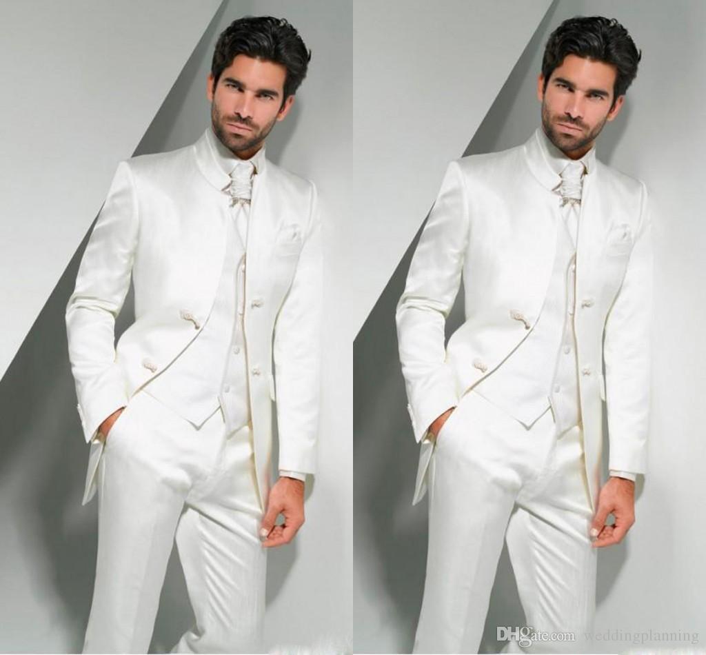 Em linha do noivo smoking 2017 mandarim lapela terno dos homens branco padrinho de casamento / melhor homem casamento / ternos de baile (jaqueta + calça + gravata + colete)