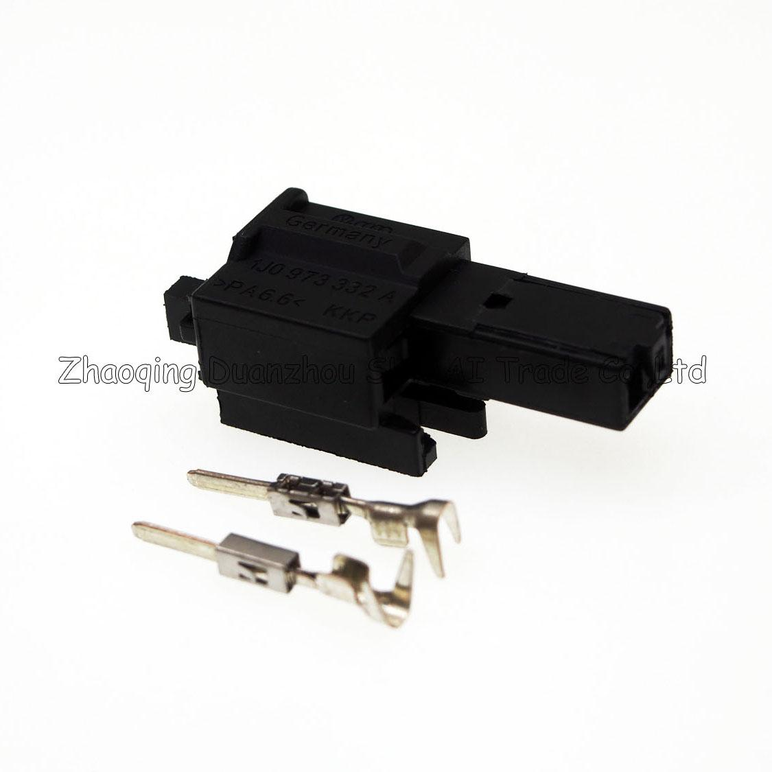 Genuine VW Plug Connecteur 1J0 973 332