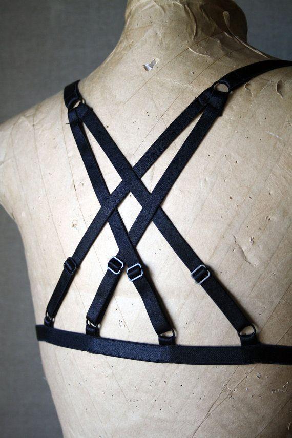 2017 new pastel goth women chest bust bondage belt caged bra strap cross sexy bondage lingerie top gothic garter belt retail
