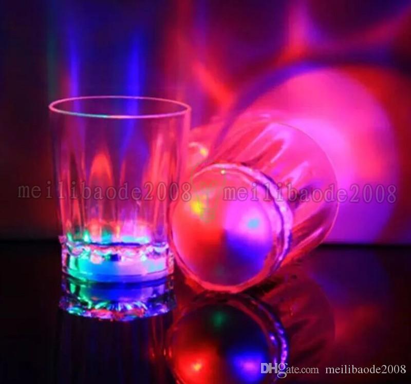 Brand new Colorful LED Clignotant Rocks Barware Acrylique Bière Tasse Cola Boisson Tasse pour Party Bar Décoration Fournitures MYY