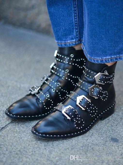 Fashion Brand Rivet Buckle Designer Shoes Donna Tacco basso Solido Stivaletti in pelle nera Stivaletti da moto per donna con cerniera laterale