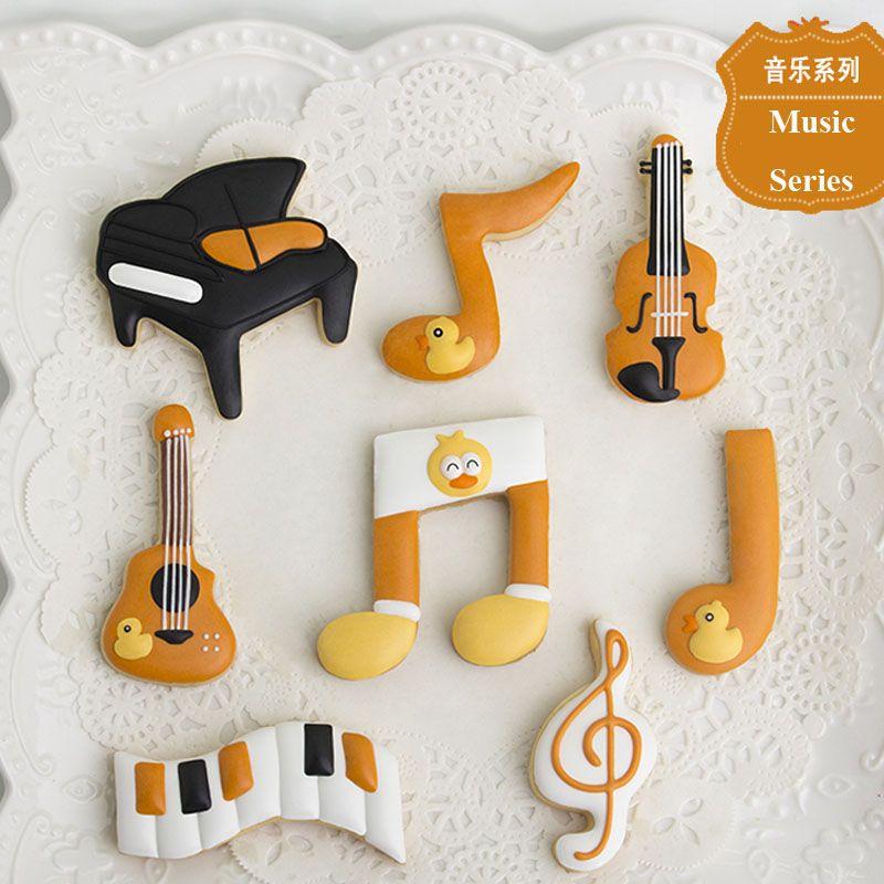 7 pcs Música Guitarra Piano patisserie reposteria Moldes De Metal Cookie Cutter Fondant Ferramentas De Decoração Do Bolo De Chocolate Biscoito Pastelaria Loja Mold