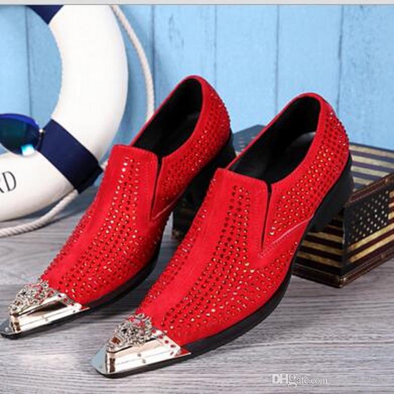 Nuovo 2017 mocassini da uomo Italia stile di lusso maschile scarpe a punta punta di cristallo scarpe di cuoio strass scarpe da uomo scarpe da festa di nozze EU 36-46
