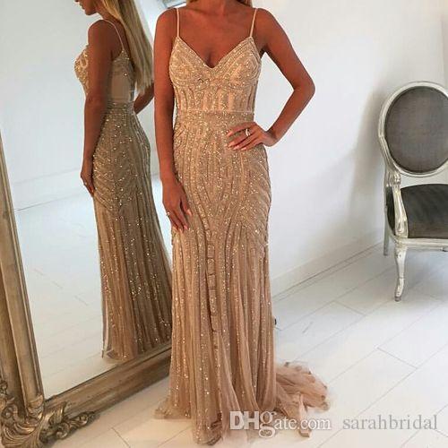 Spaghetti V-cou pas cher soirée gaine Champagne nouvelle robe de soirée dubai africain robes perlage dos nu robe de cérémonie marine foncé 2019 robe
