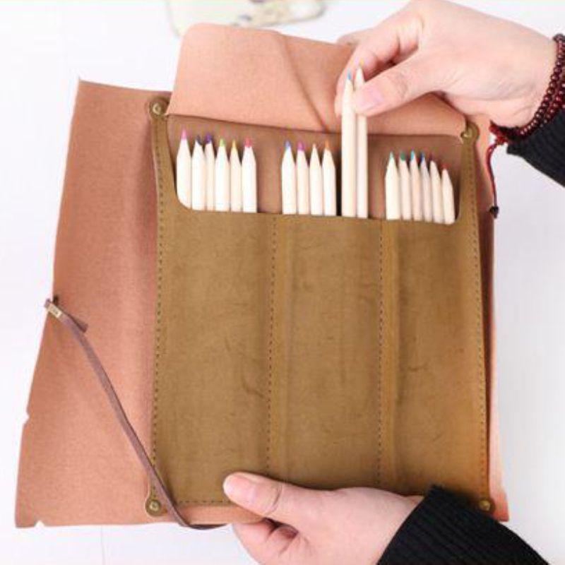 Livraison gratuite, 50pcs / lot 3style PU carte pirate Vintage poche stylo étui à crayons rouleau, sacs crayon cosmétique sac stylo