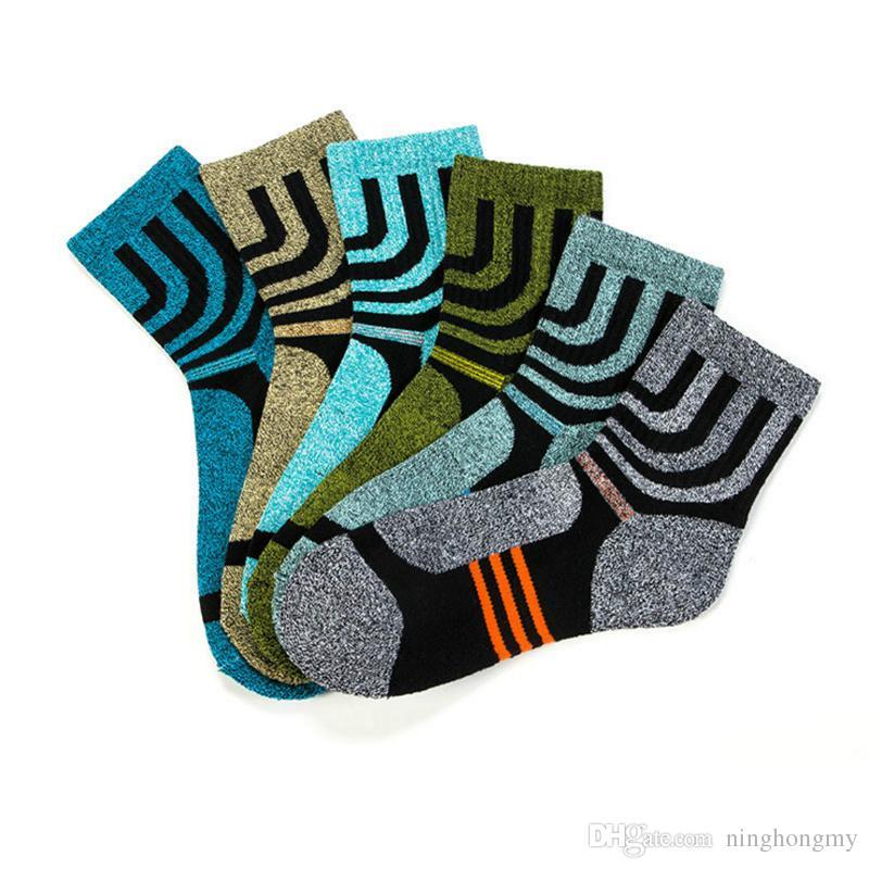 High Quality Men Sock Quick-Drying socks Men's Coolmax Socks Winter Thicken terry towel leisure breathable deodorant socks free shipping