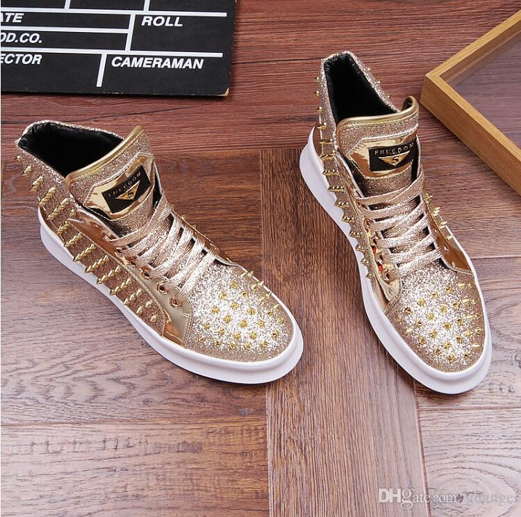 Ventas calientes Spikes Sneaker Shoes Mens Sneakers Pisos de cuero genuino con zapatos al aire libre Zapatos de fiesta Z302