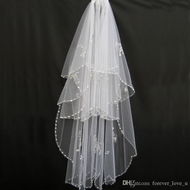 Tanie Oszałamiająca Biała Ivory Soft Tulle Wesele Sekwencjonowane Zroszony Kryształowy Udostępnianie dla nowożeńców Wysokiej Jakości Welon Bridal